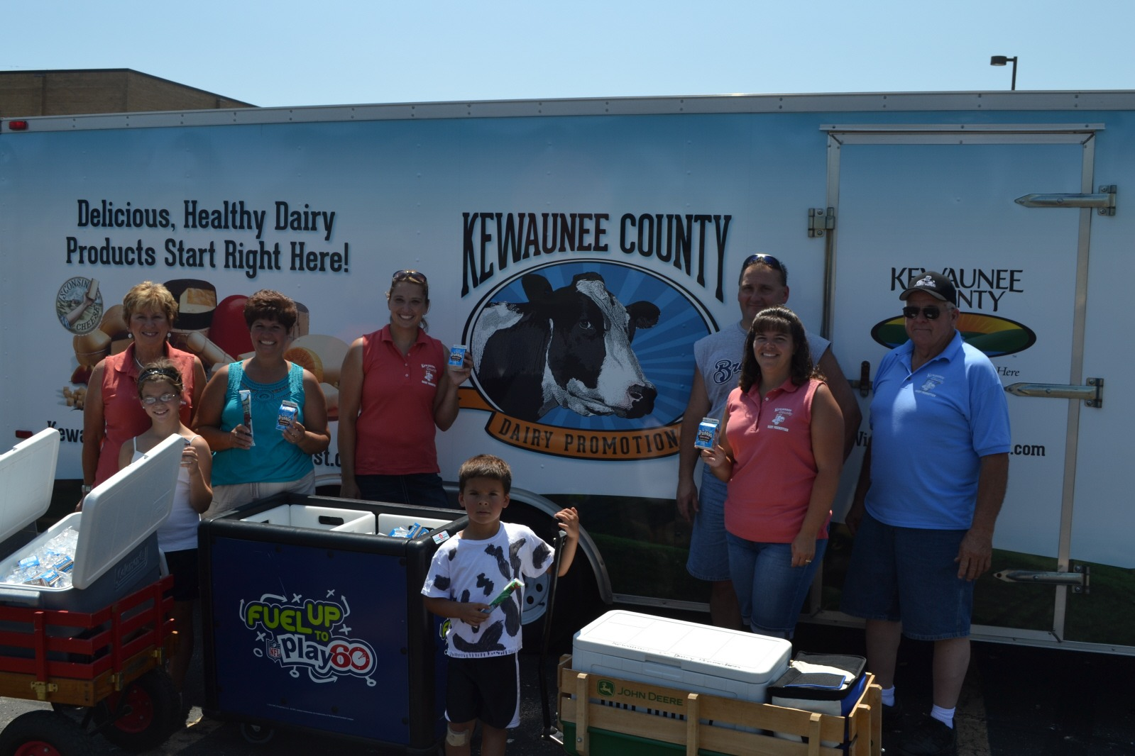 Kewaunee County Dairy Promotion Parade Volunteers